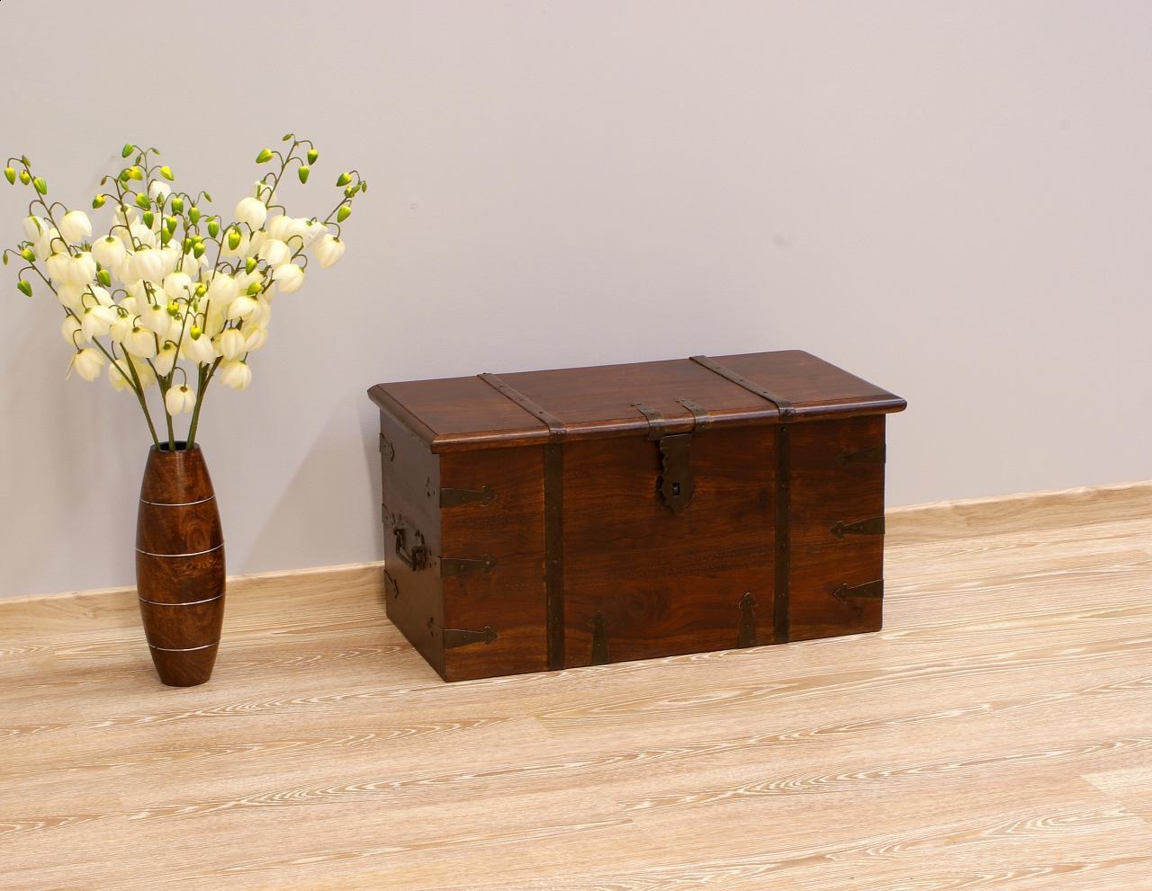 Kufer kolonialny lite drewno palisander indyjski metalowe okucia