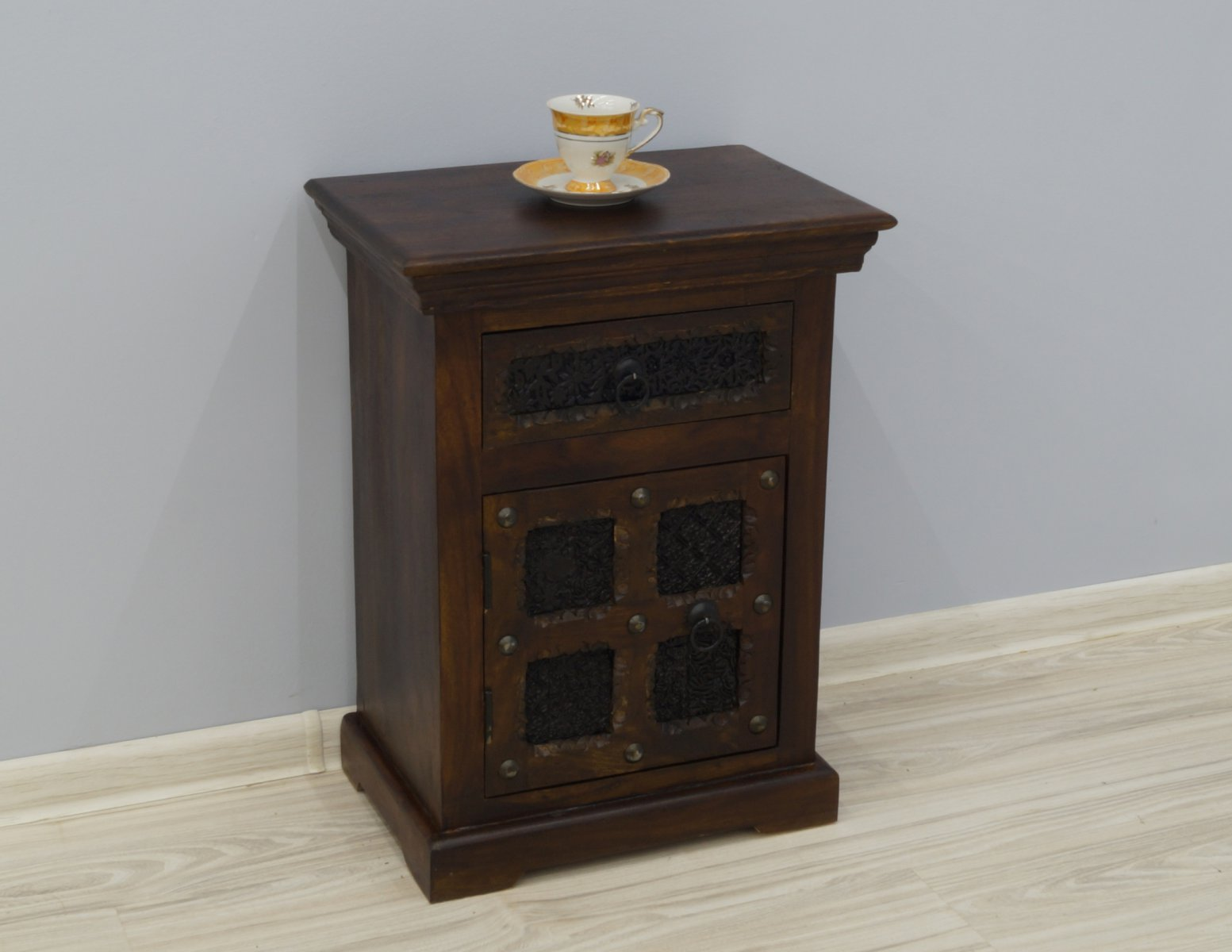 Szafka nocna stolik nocny lite drewno palisander indyjski ręcznie rzeźbiona