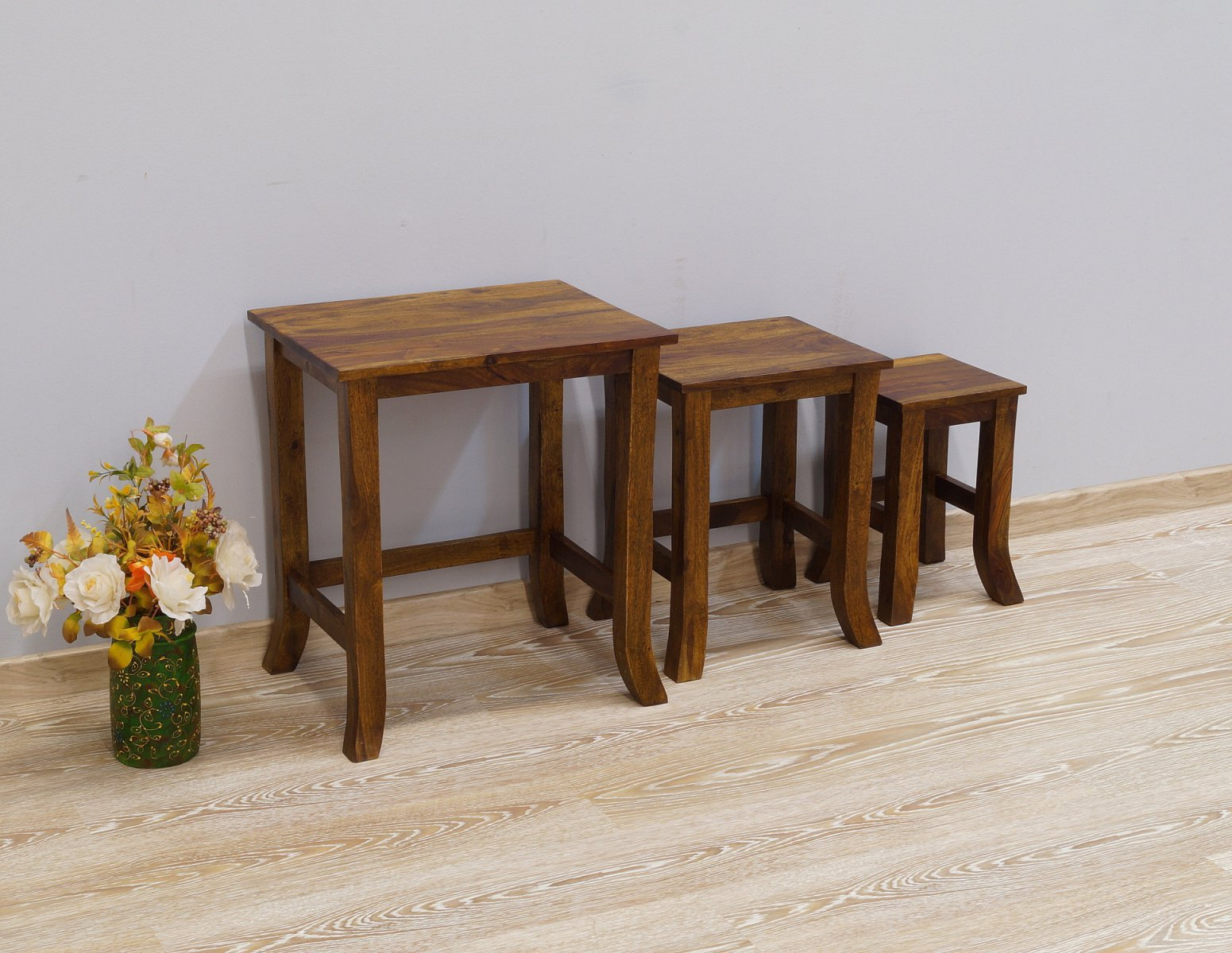 Taboret kolonialny stolik stołek lite drewno palisander indyjski 3 sztuki gięte nogi