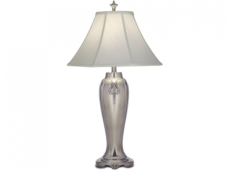 Lampa stołowa nocna podstawa z odlewu cynkowego w kolorze antycznego niklu z jedwabnym abażurem w odcieniu bieli przełamanej szarością