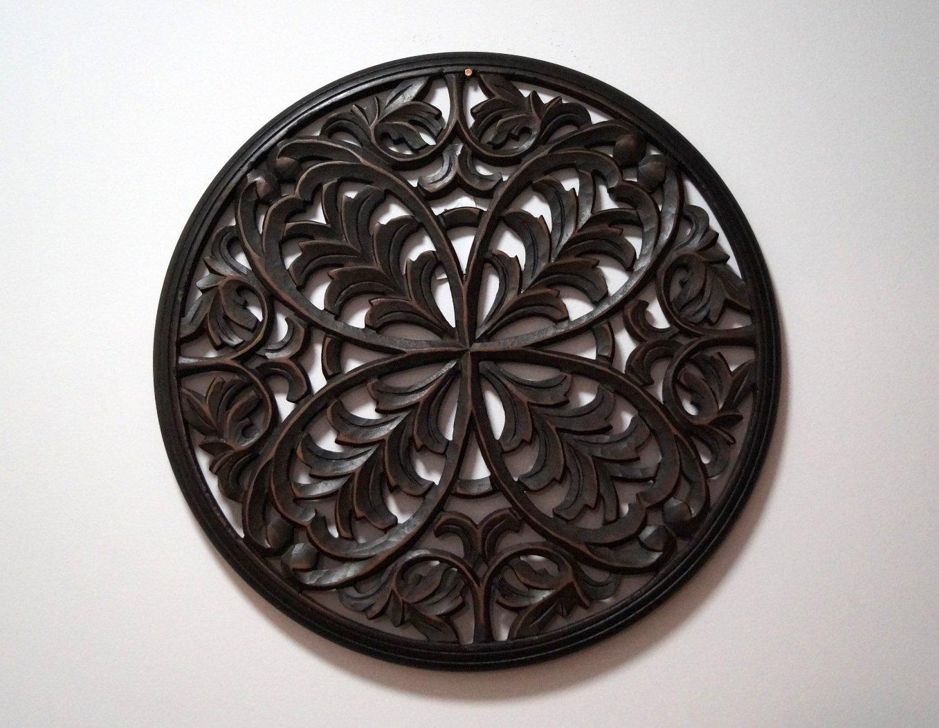 Panel ścienny dekoracyjny wykonany ręcznie ciemnobrązowy ażurowy okrągły
