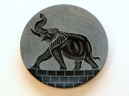 Podstawka pod kadzidelko z kamienia motyw sloni