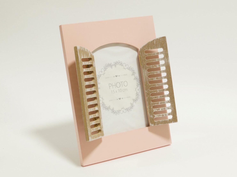 Ramka na zdjecie okienko z okiennicami pastelowy roz