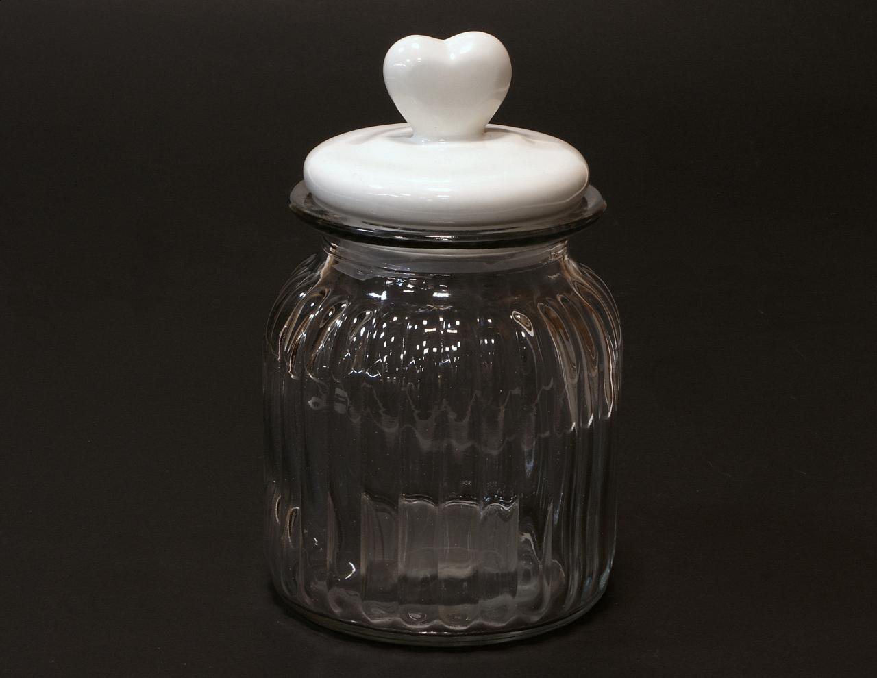 Słoik z ceramiczna pokrywka z sercem