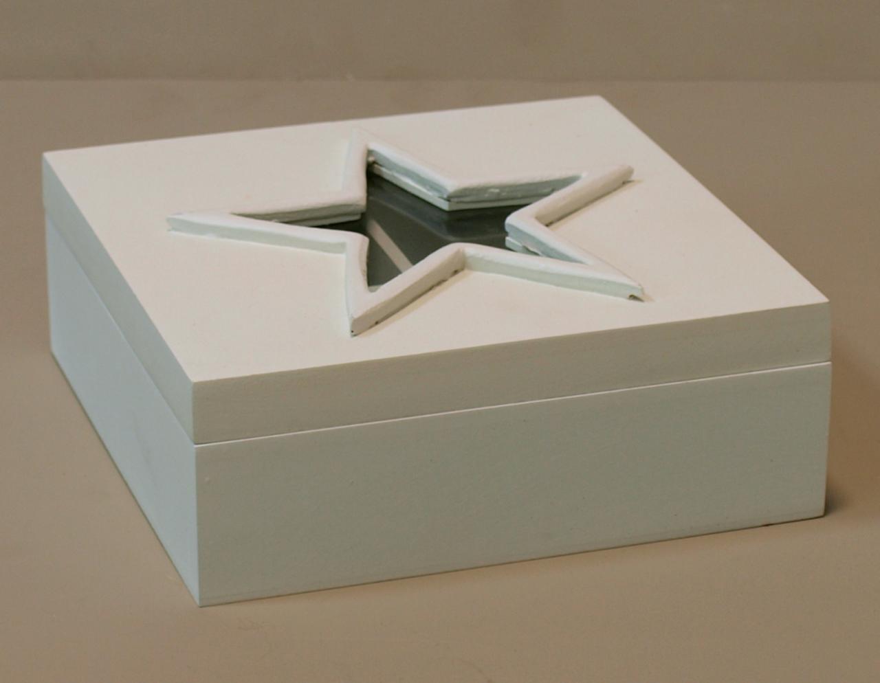 Skrzyneczka drewniana pudelko na herbate gwiazda